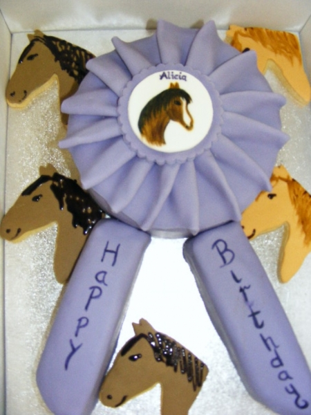 halloween plate and rosette cake 069