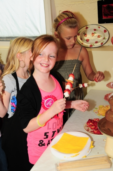 clay cottage kirstys party with choc fountain 097