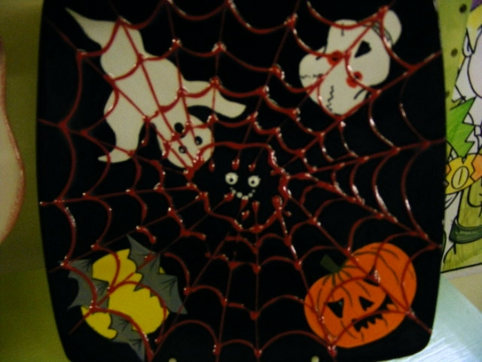 halloween plate and rosette cake 072